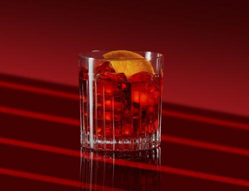 O cocktail Negroni faz cem anos, mas a Campari quer rejuvenescê-lo
